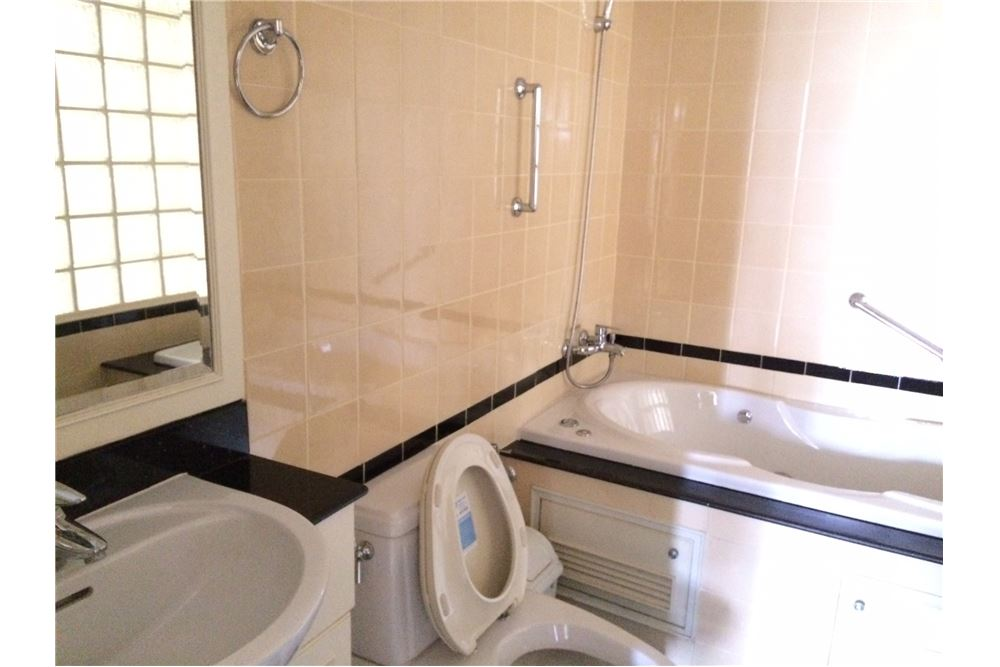 RE/MAX Properties Agency's New Renovated 2 bed for sale 8.5 MB. 120 sq.m., 16