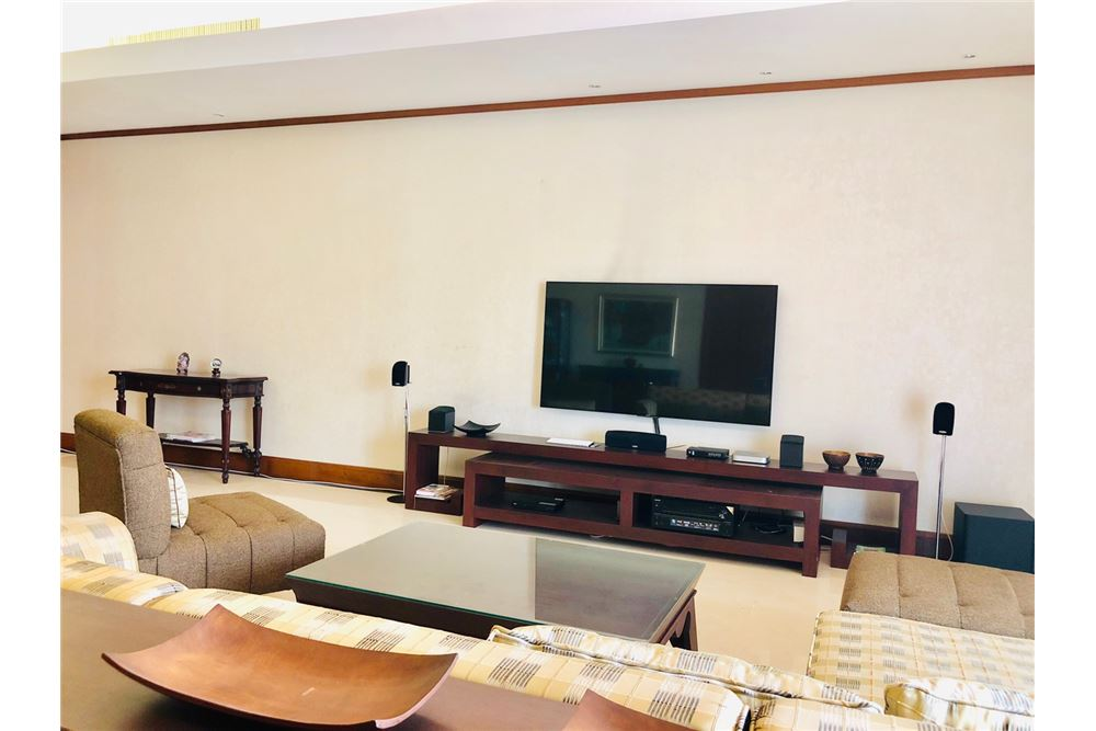 RE/MAX Executive Homes Agency's 3 Bedroom Condo for Sale at The Ascott Sathorn 17