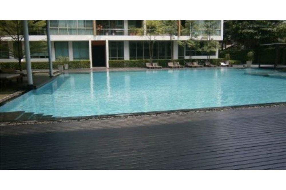 RE/MAX Executive Homes Agency's Duplex Condominium Ficus Lane Sukhumvit For Rent 8