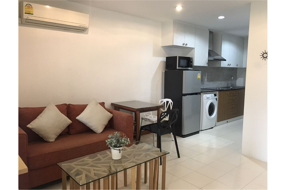 RE/MAX Executive Homes Agency's Apartment 1 Bedroom For Rent in Sukhumvit 26 1
