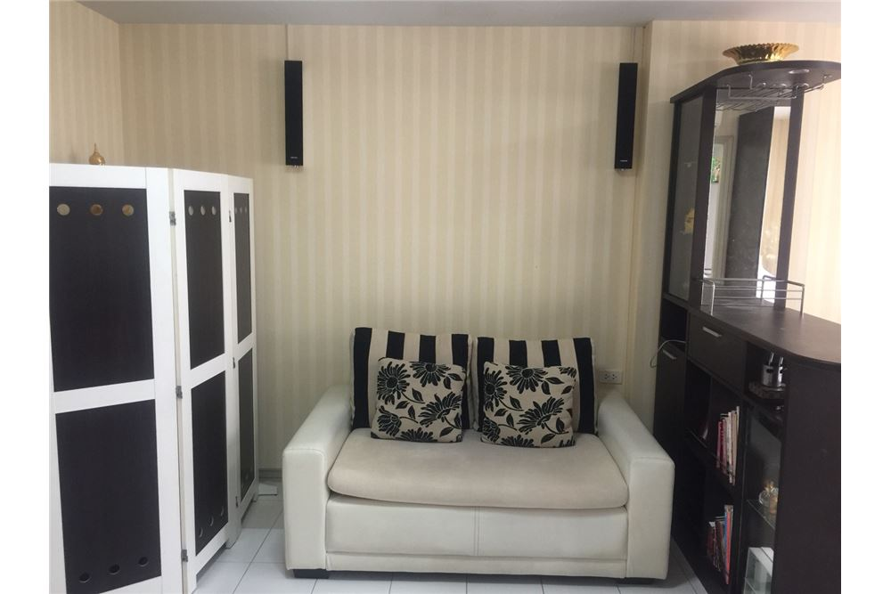 RE/MAX Executive Homes Agency's For Sale 1bedroom Sukhumvit 77, Lumpini Sukhumvit 77, Fully Furnished Best Price!!!!!! Ready to move in... 1