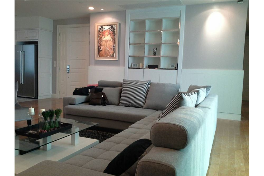 RE/MAX Executive Homes Agency's Royce Private Residence 4Bedrooms for Rent 6