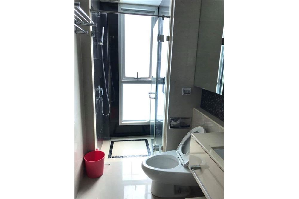 RE/MAX Executive Homes Agency's Nice 2 Bedroom for Rent Address Asoke 9
