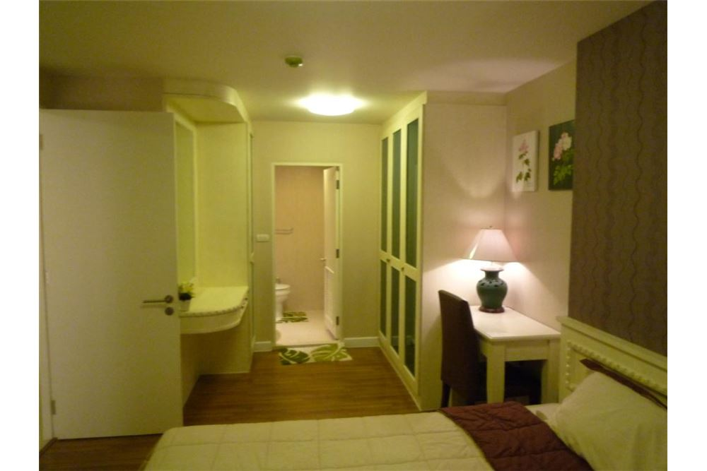 RE/MAX Executive Homes Agency's NICE 1 BEDROOM FOR RENT THE CLOVER, @ THONG-LOR 6