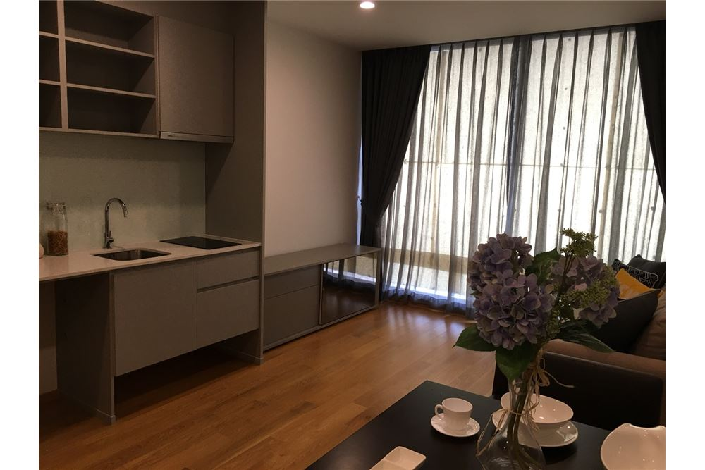 RE/MAX Executive Homes Agency's Beautiful 2 Bedroom for Rent Noble Revo Silom 4
