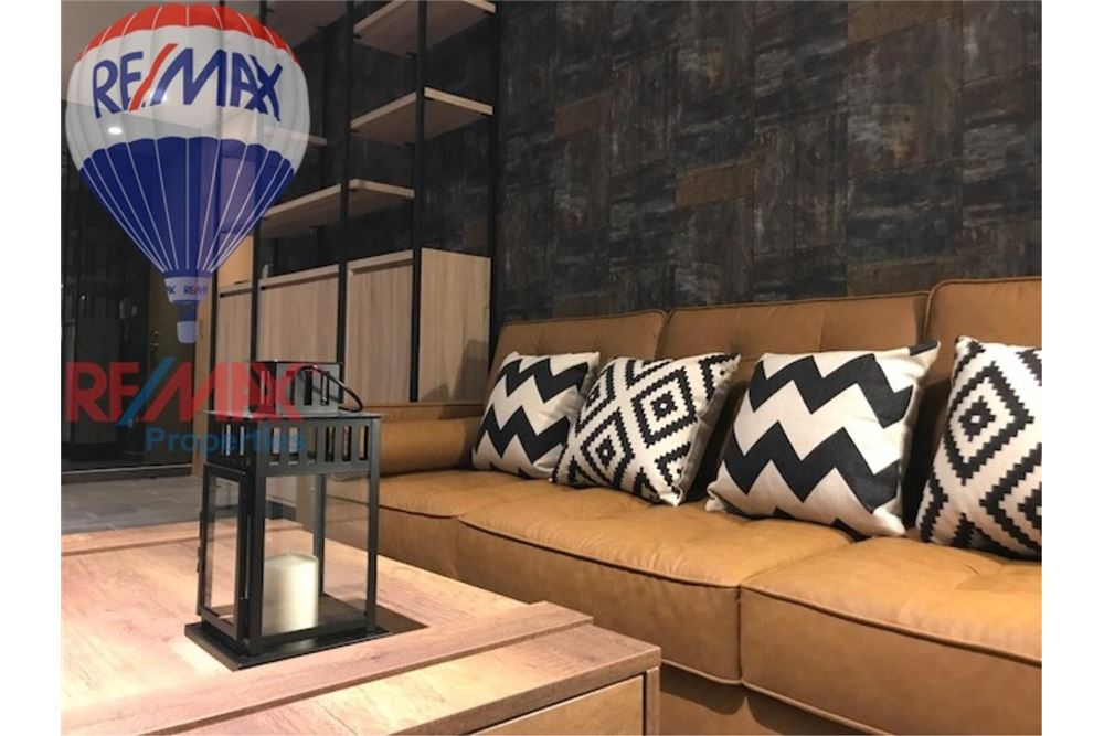RE/MAX Properties Agency's FOR RENT THE LOFTS EKKAMAI 2BED 61SQM 2