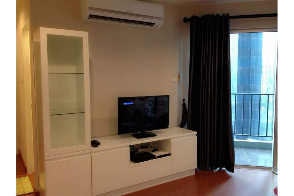 RE/MAX Executive Homes Agency's Spacious 1 Bedroom for Sale Belle Grand Rama 9 2