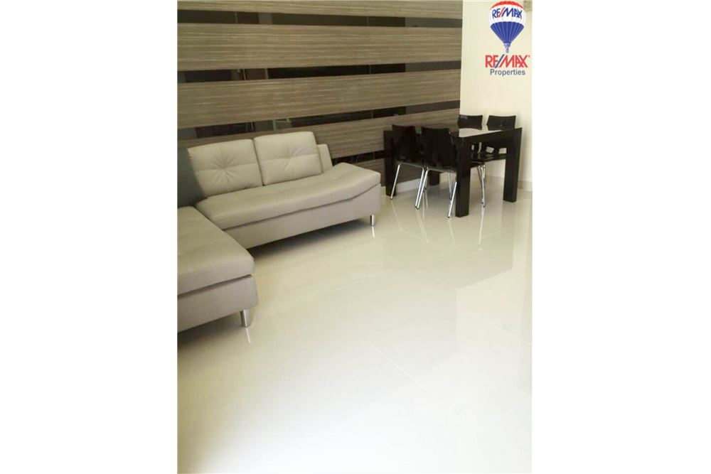 RE/MAX Properties Agency's FOR RENT The Trendy Condominium 2BED 91SQM. 1