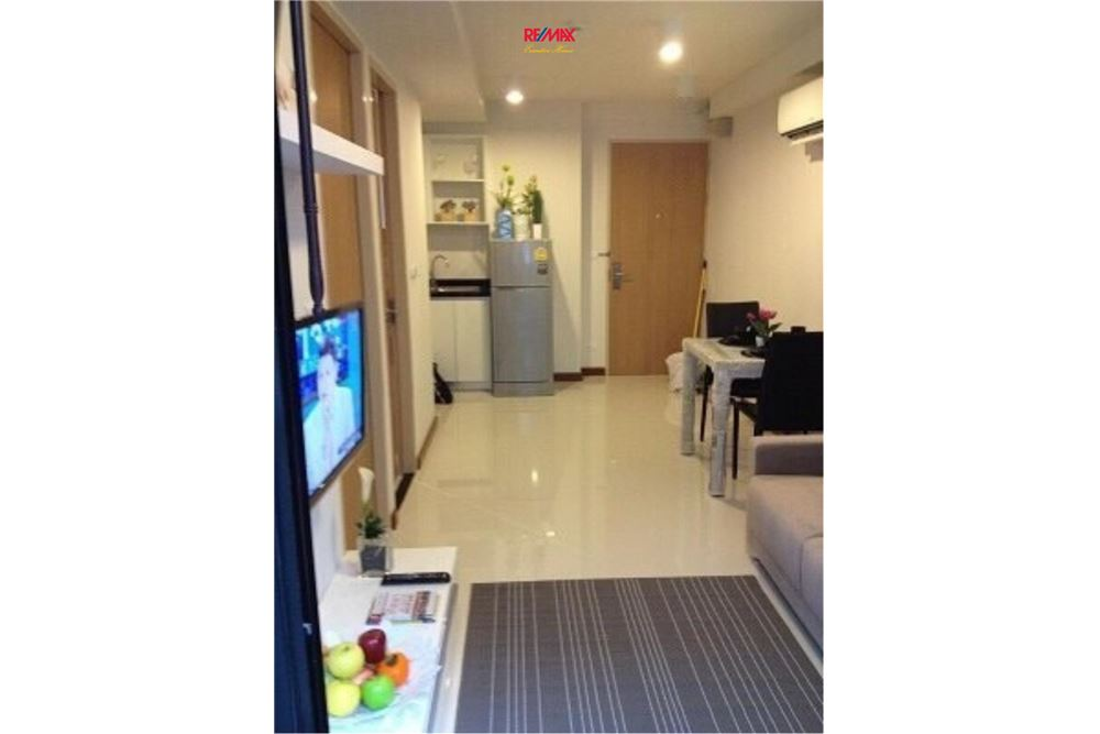 RE/MAX Executive Homes Agency's 1 Bedroom / for Rent / Le Cote Thonglor 3