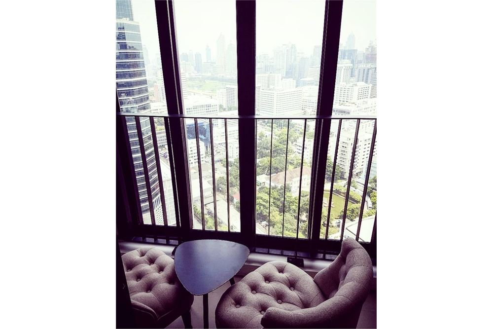 RE/MAX Executive Homes Agency's Beautiful 1 Bedroom for Rent Ashton Chula Silom 11