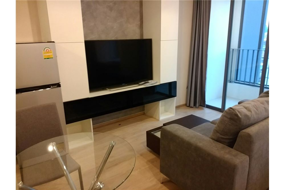 RE/MAX Executive Homes Agency's Ideo Q Chula-Samyan  / 1 Bedroom / For Rent 1