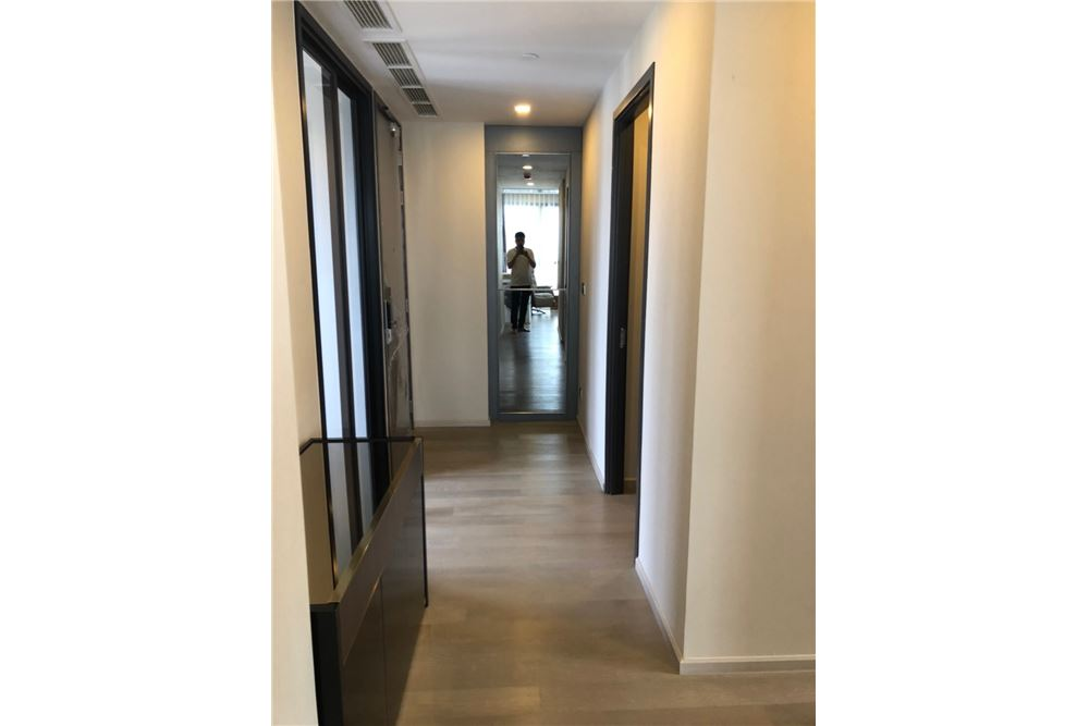 RE/MAX Executive Homes Agency's Nice 2 Bedroom for Rent Ashton Asoke 6