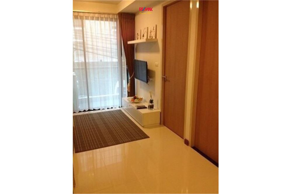 RE/MAX Executive Homes Agency's 1 Bedroom / for Rent / Le Cote Thonglor 2