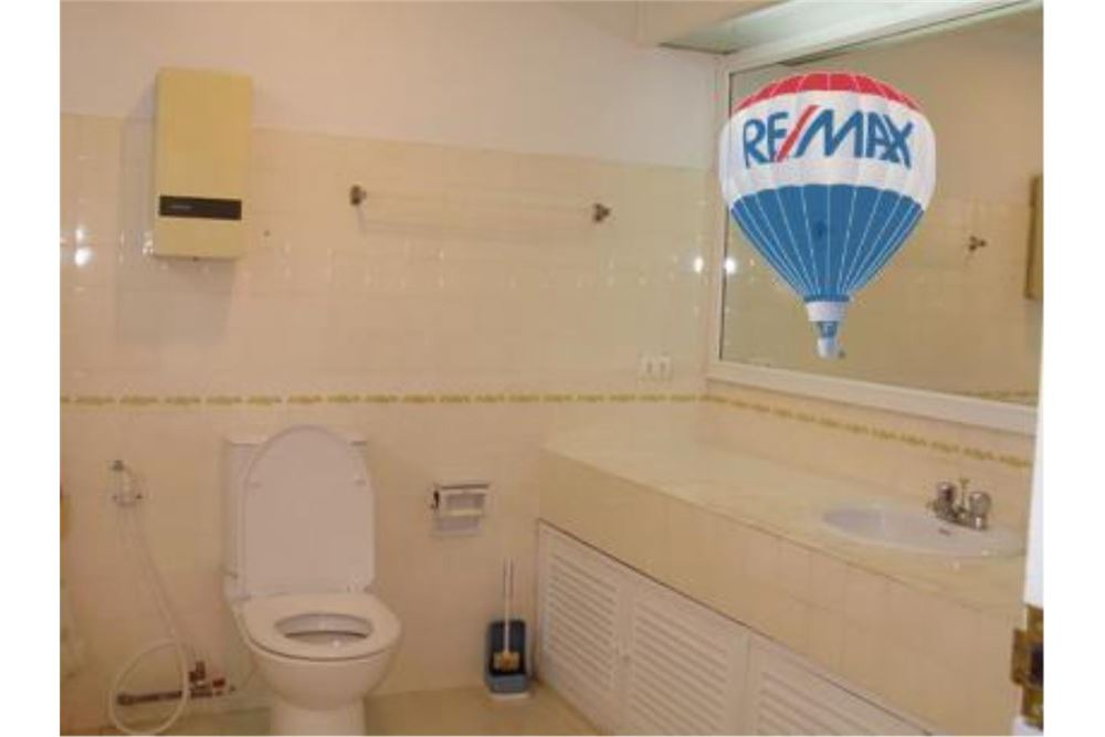 RE/MAX Properties Agency's FOR RENT  TAIPING TOWER SUKHUMVIT 63  2BED 116SQM 12