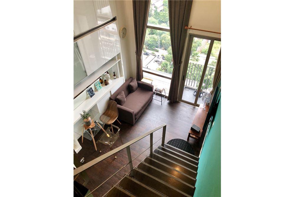 RE/MAX Executive Homes Agency's Stylish 1 Bedroom Duplex for Rent Ashton Morph 38 1