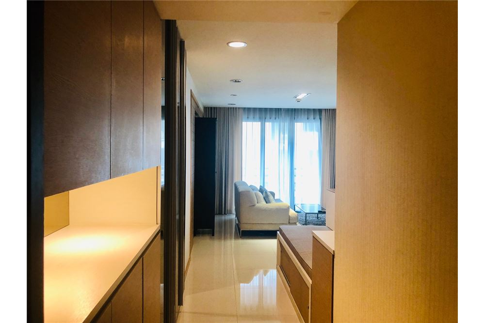 RE/MAX Executive Homes Agency's 2 Bedroom Condo for Rent in Silom 2