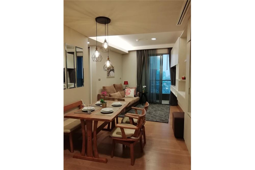 RE/MAX Executive Homes Agency's Nice 2 Bedroom for Rent Lumpini 24 5
