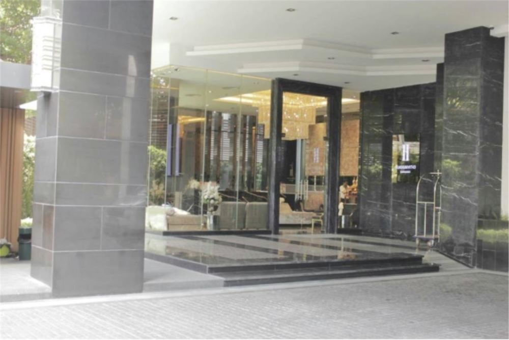 RE/MAX Properties Agency's FOR SALE  H SUKHUMVIT 43  2BED 59.14SQM 4