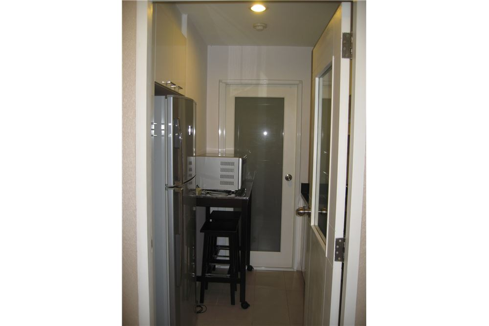 RE/MAX Executive Homes Agency's Spacious 1 Bedroom for Rent Baan Siri 24 4