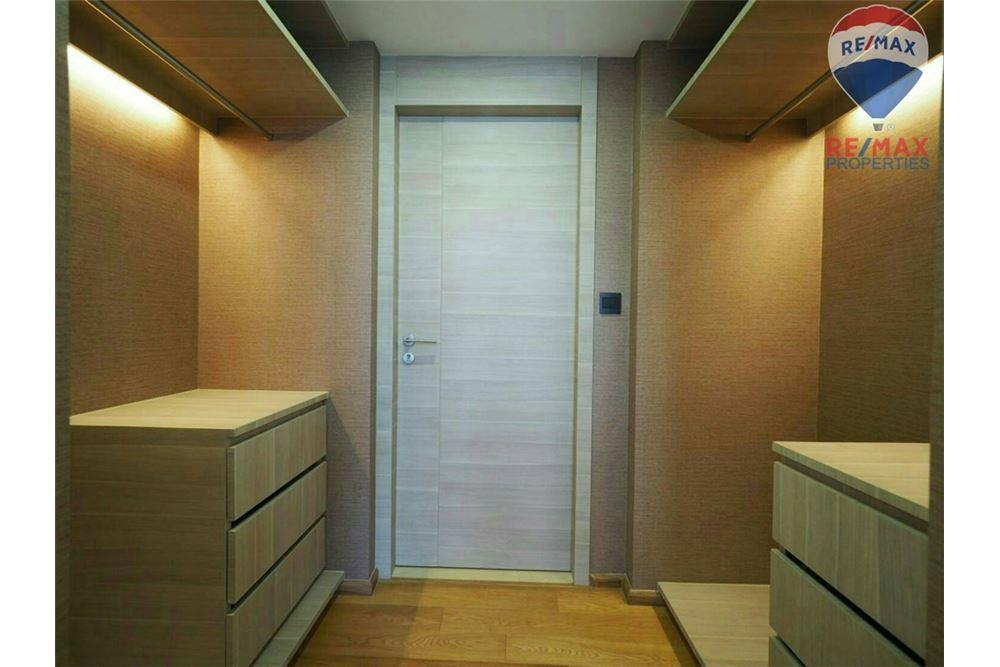 RE/MAX Properties Agency's SALE KLASS LANGSUAN 2 BEDS 72.1 SQM 6