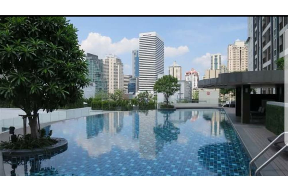 RE/MAX Executive Homes Agency's Nice 2 Bedroom for Rent 15 Sukhumvit Residences 5