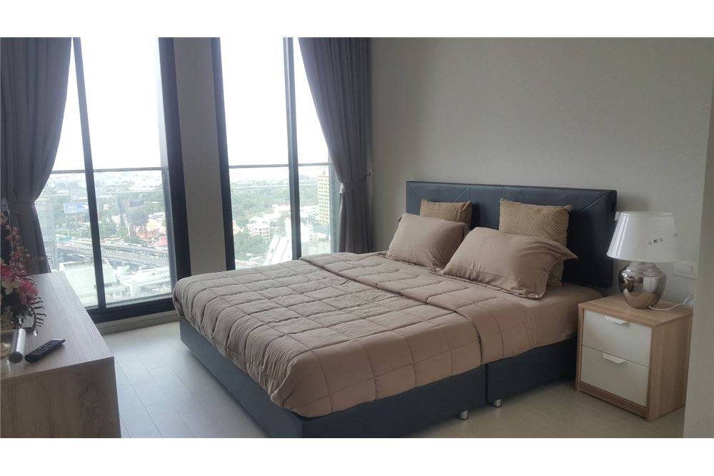 RE/MAX Properties Agency's RENT Noble Ploenchit 2BED 65SQM. 15