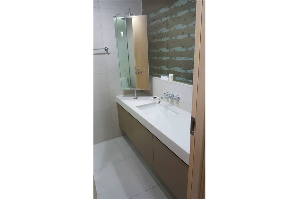 RE/MAX Executive Homes Agency's Spacious 1 Bedroom for Sale Siri Sukhumvit 7