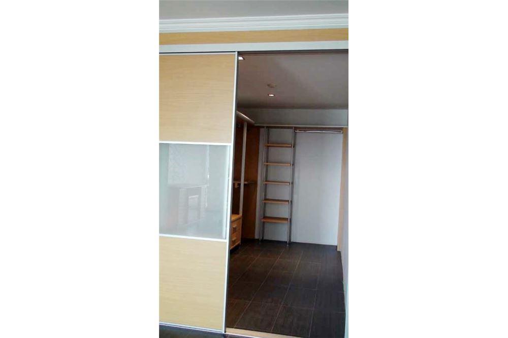 RE/MAX Properties Agency's Floraville Condominium Suite 303 sq.m., 9.5 MB 6