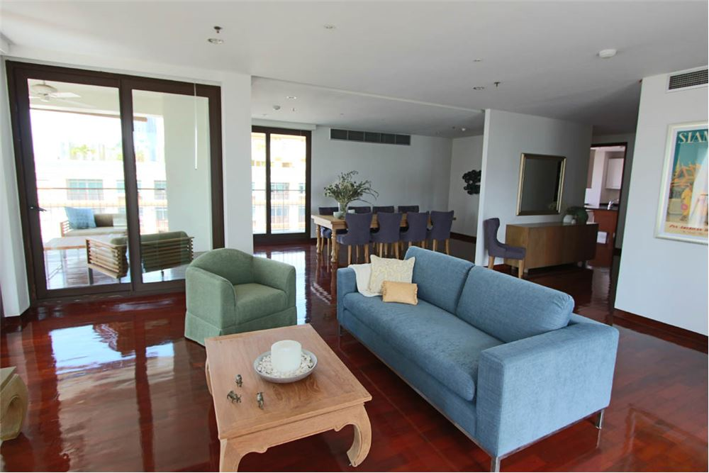 RE/MAX Executive Homes Agency's RENT / SATHORN SILOM / 4 bedroom apartment / 1