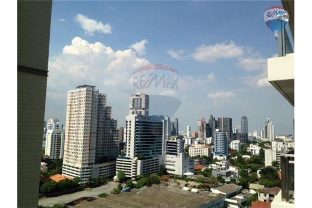 RE/MAX Properties Agency's FOR SALE /RENT  Bright Sukhumvit 24  1BED 89.7SQM 10