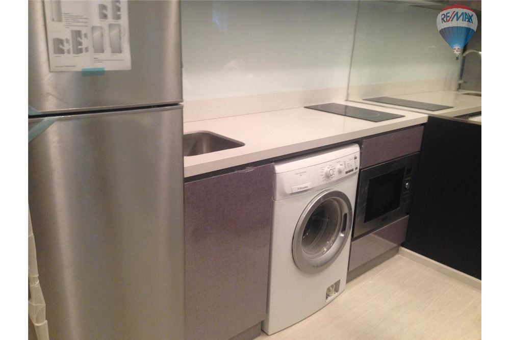 RE/MAX Properties Agency's RHYTHM Sukhumvit 36-38 Condos for Sale 4