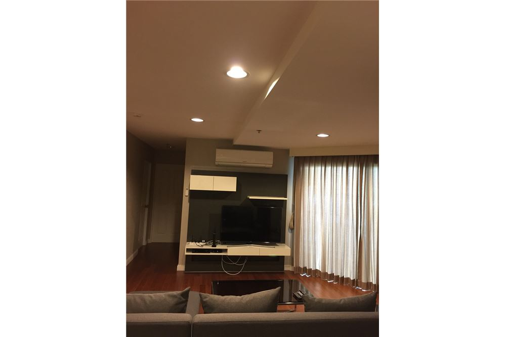RE/MAX Executive Homes Agency's Nice 2 Bedroom for Rent Belle Grand Rama 9 2