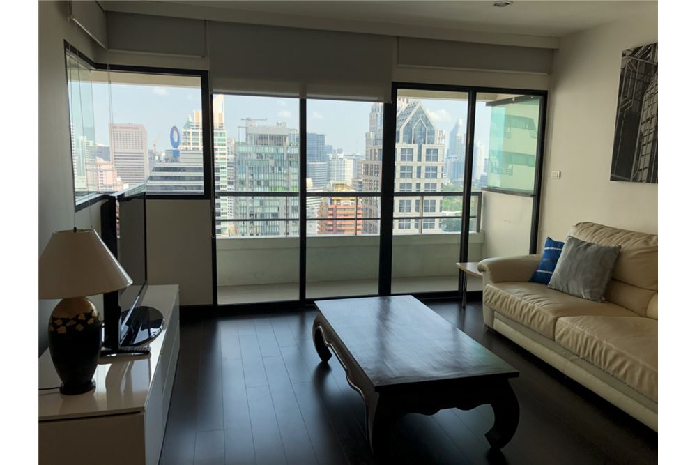 RE/MAX Executive Homes Agency's Spacious 2 Bedroom for Rent Sathorn Gardens 2