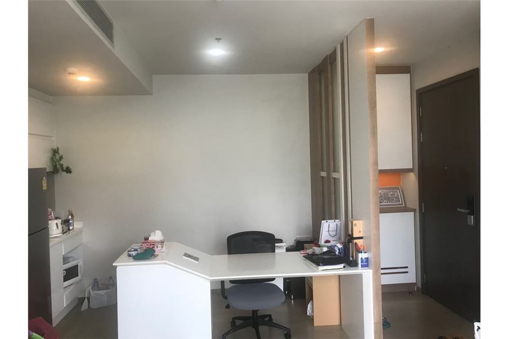RE/MAX Properties Agency's 1 bed for rent 45,000 at Pyne Ratchathewi 6