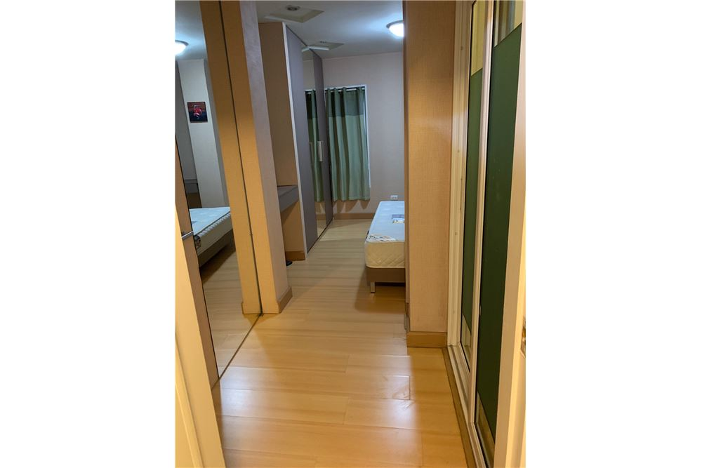 RE/MAX Executive Homes Agency's Happy Condo Ratchada 18 For Sale Special Price 3