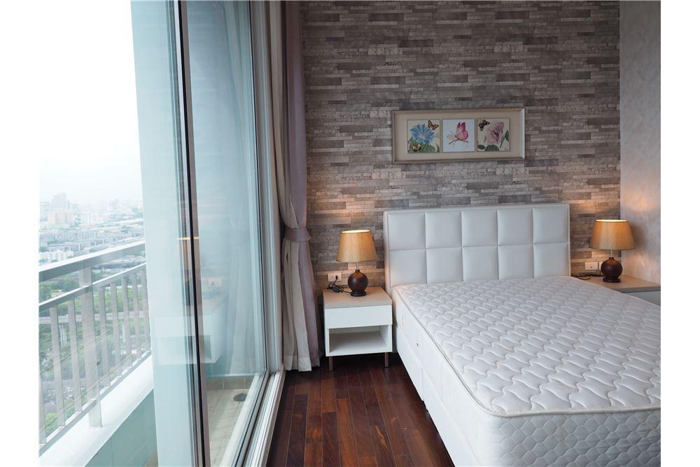 RE/MAX Properties Agency's RENT Circle Condominium 3BED 176.09SQM. 6