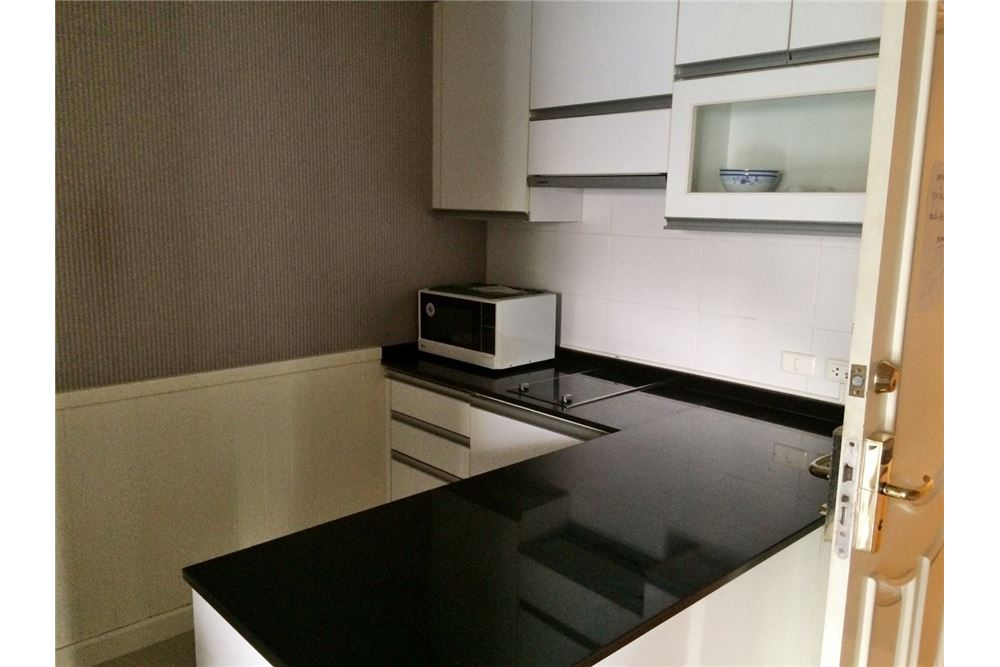 RE/MAX Properties Agency's 2Bedroom for sale at Serene Place 9.2MB Phromphong 5