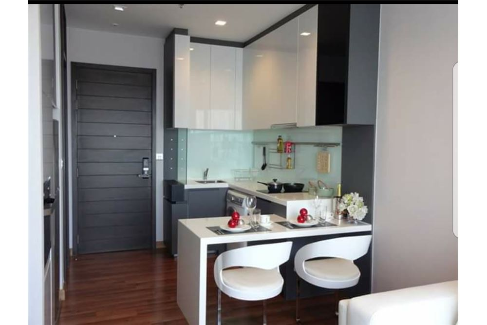 RE/MAX Executive Homes Agency's Nice 1 Bedroom for Rent Ivy Ampio 6