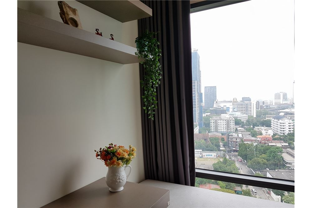 RE/MAX Properties Agency's for rent Rhythm Sukhumvit 36-38 1bedroom 10