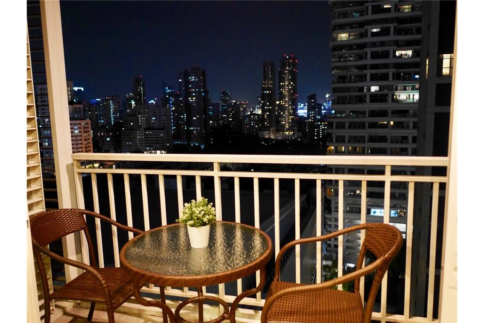 RE/MAX Properties Agency's 2 Beds for rent @ 39 by Sansiri 16