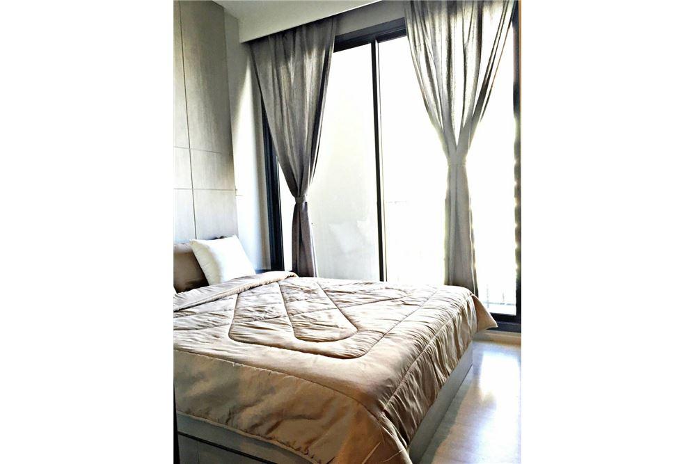 RE/MAX Executive Homes Agency's M Thonglor 10 1 bed, pet friendly near BTS Ekkamai 8