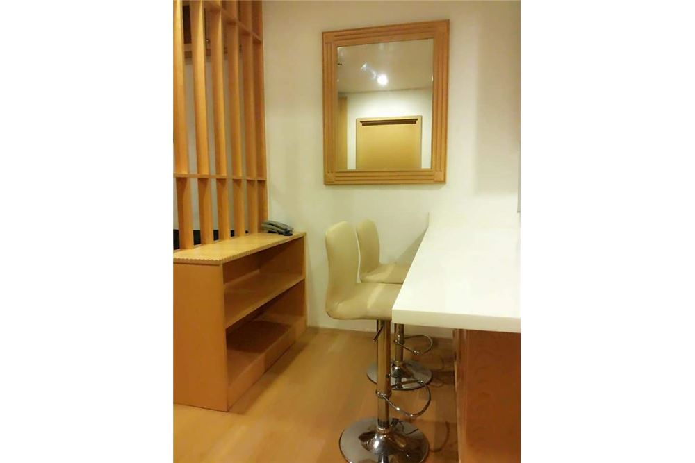 RE/MAX Executive Homes Agency's Spacious 1 Bedroom for Rent Siri @ Sukhumvit 4