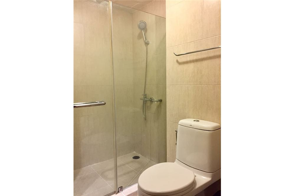 RE/MAX Properties Agency's RENT The Clover  Soi Thonglor 18 1BED 40SQM. 15
