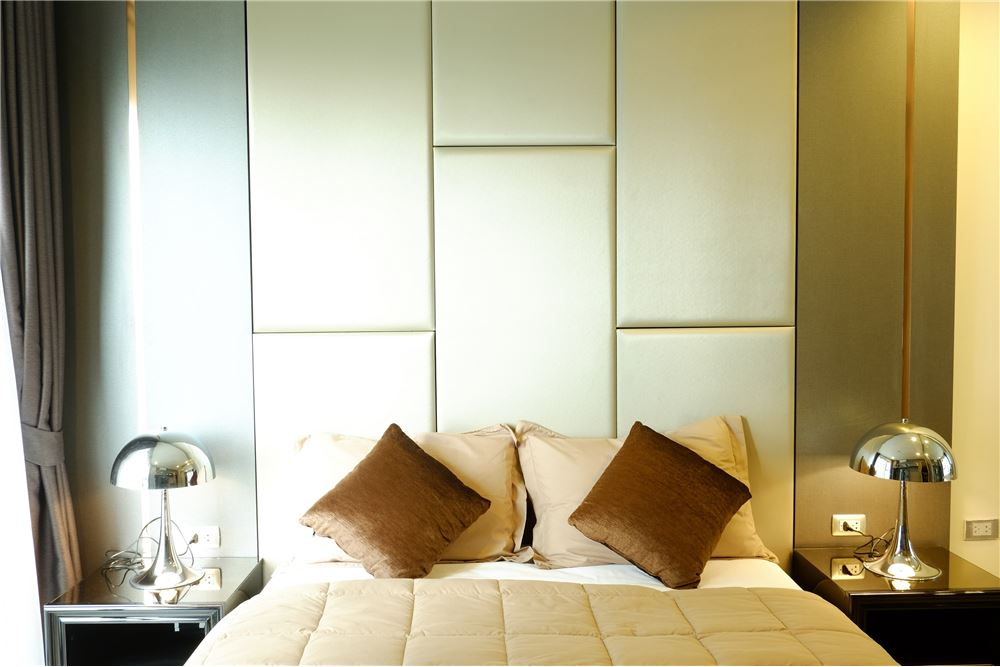 RE/MAX Executive Homes Agency's Rhythm Sukhumvit 36-38 / For Rent !! 4