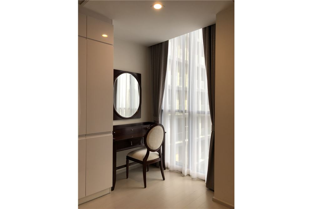 RE/MAX Properties Agency's 2 Beds For rent 75,000 at Noble Ploenchit 2