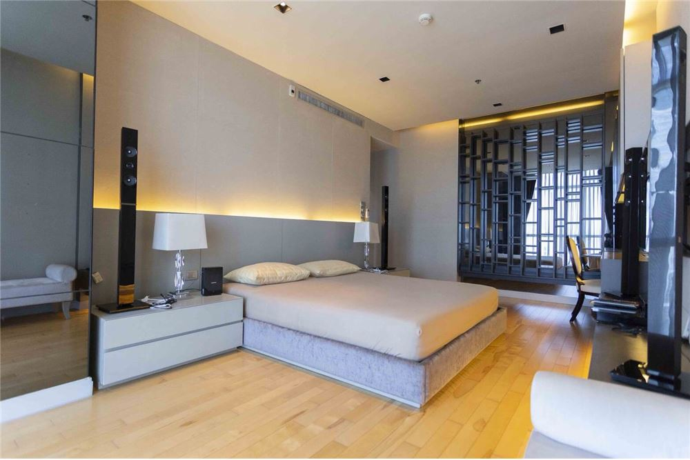 RE/MAX Properties Agency's RENT Athenee Residence 2BED 133SQM. 10