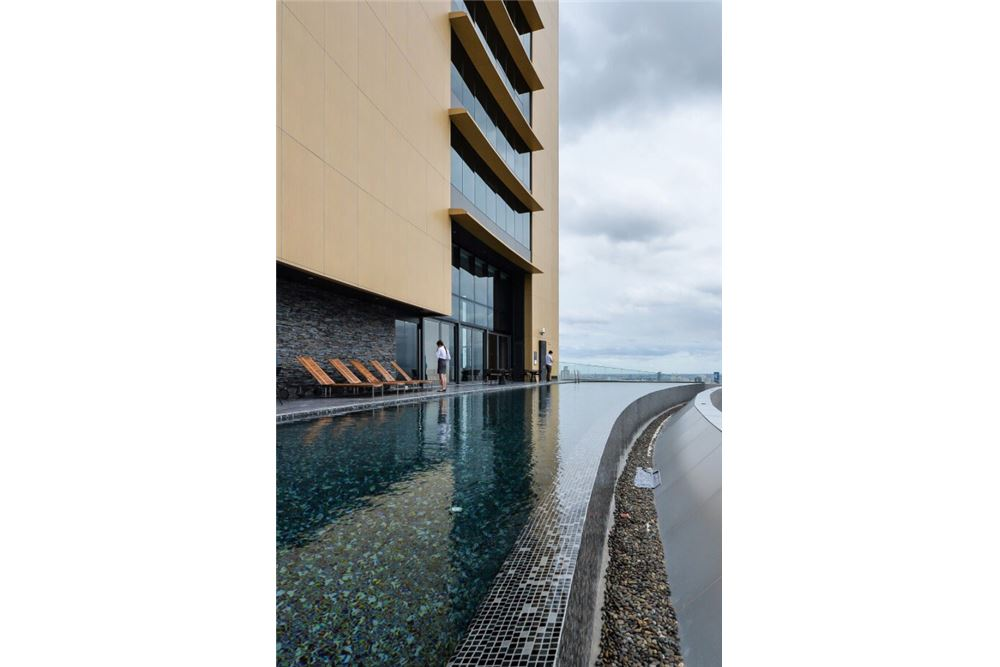RE/MAX Properties Agency's FOR RENT The Lumpini 24 2 BEDs 55 SQM. 15