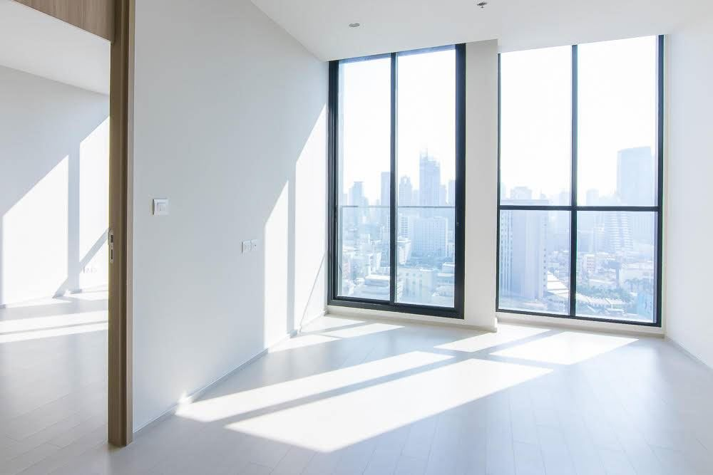 RE/MAX Executive Homes Agency's Spacious 2 Bedroom for Sale Noble Phloenchit 1