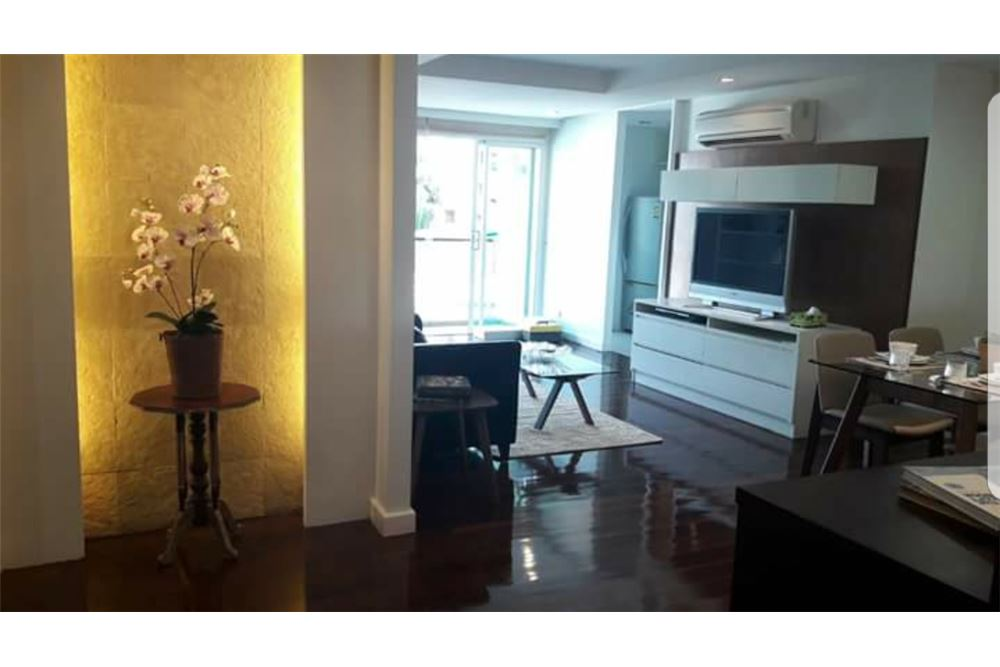 RE/MAX Executive Homes Agency's Nice 2 Spacious Bedroom for Rent Avenue 61 6