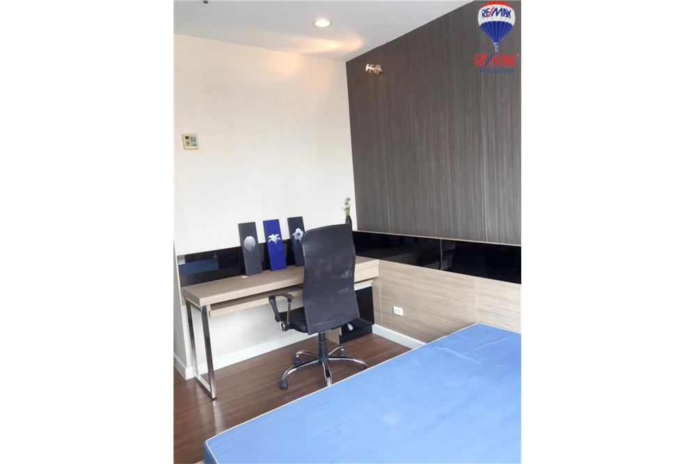 RE/MAX Properties Agency's FOR RENT The Trendy Condominium 2BED 91SQM. 2